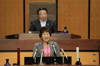 10月1日本会議で一般質問を行う中根佐知議員